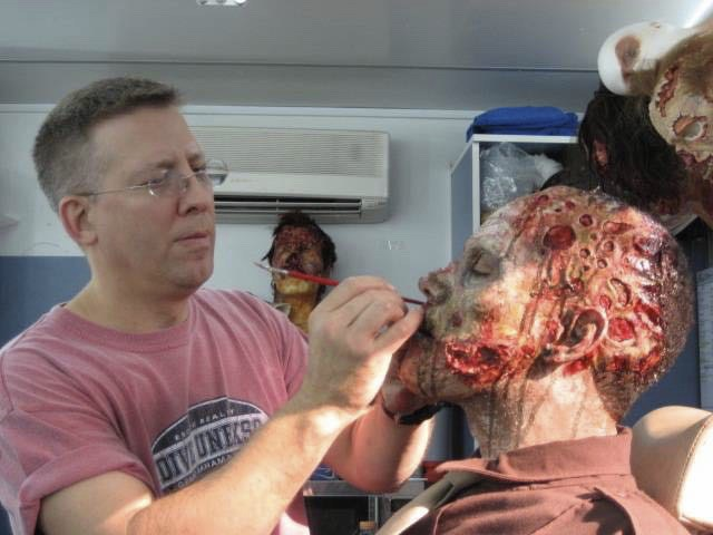 Jeffrey Reddick, getting full zombie makeup on the Day of the Dead remake.