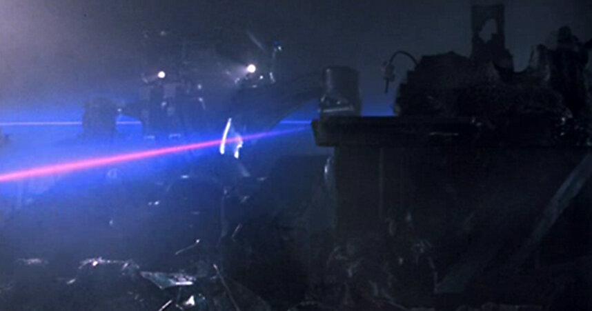 Rotoscope two-pass laser beam animation.