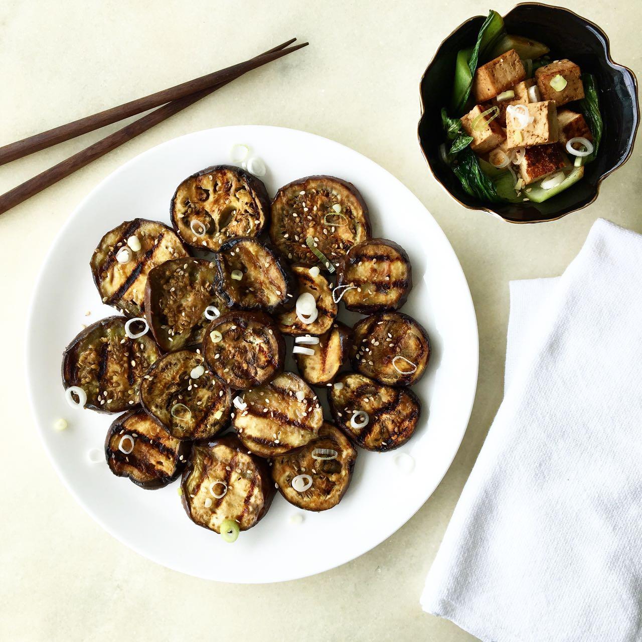 Receita de beringela com missô e tofu grelhado