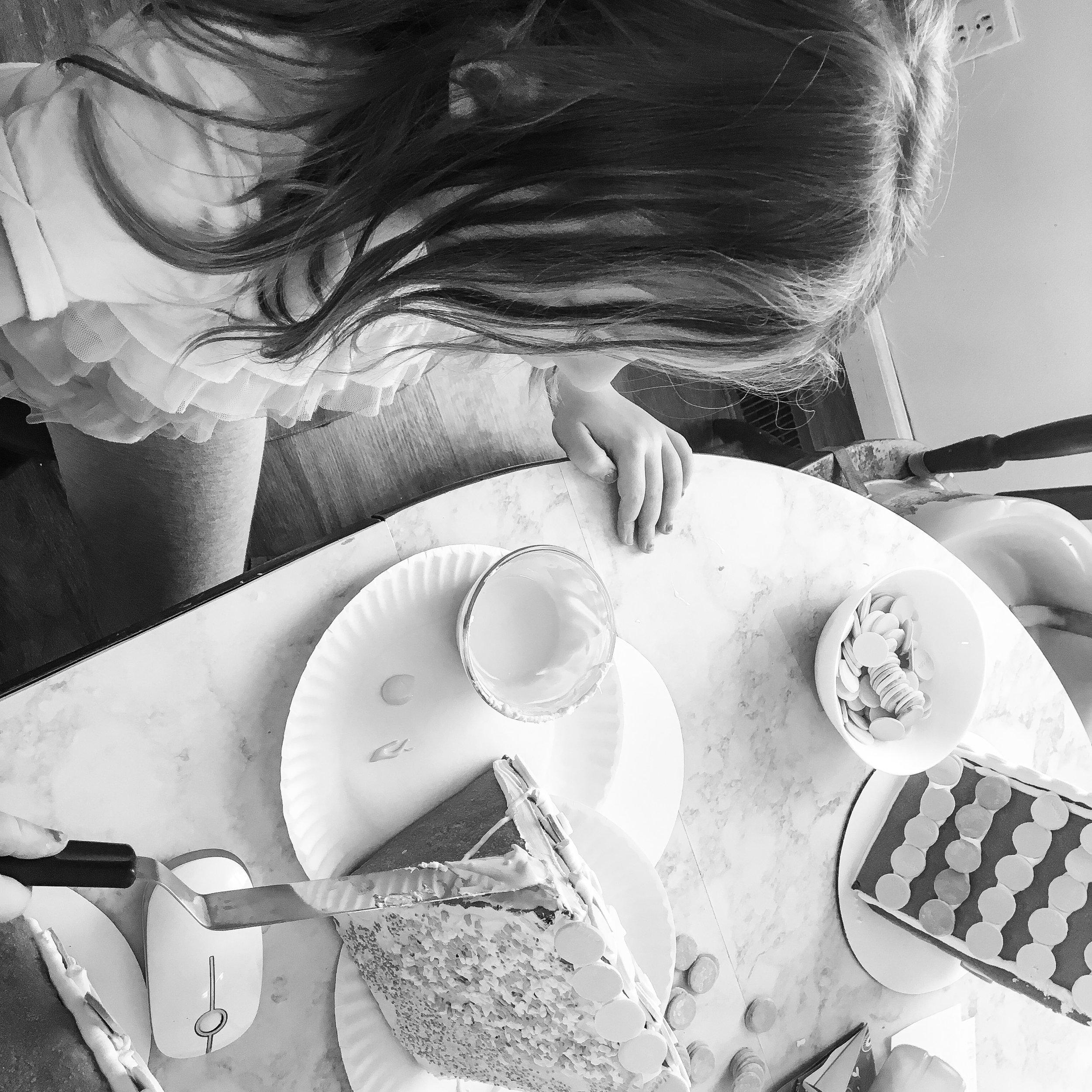 Gingerbread house baking notes || Rachel Loewens Fine Art