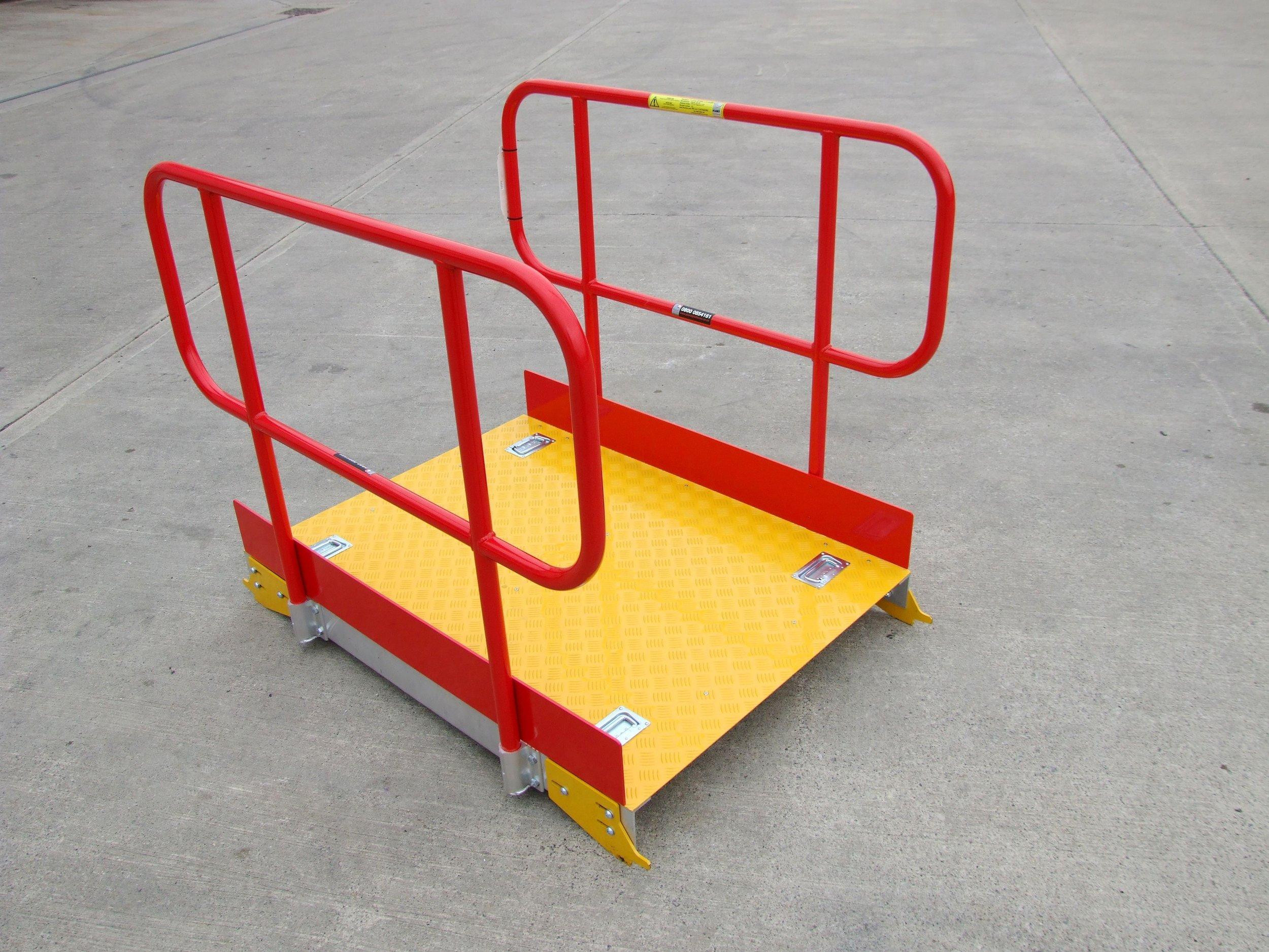 1. Aluminium Pit Board