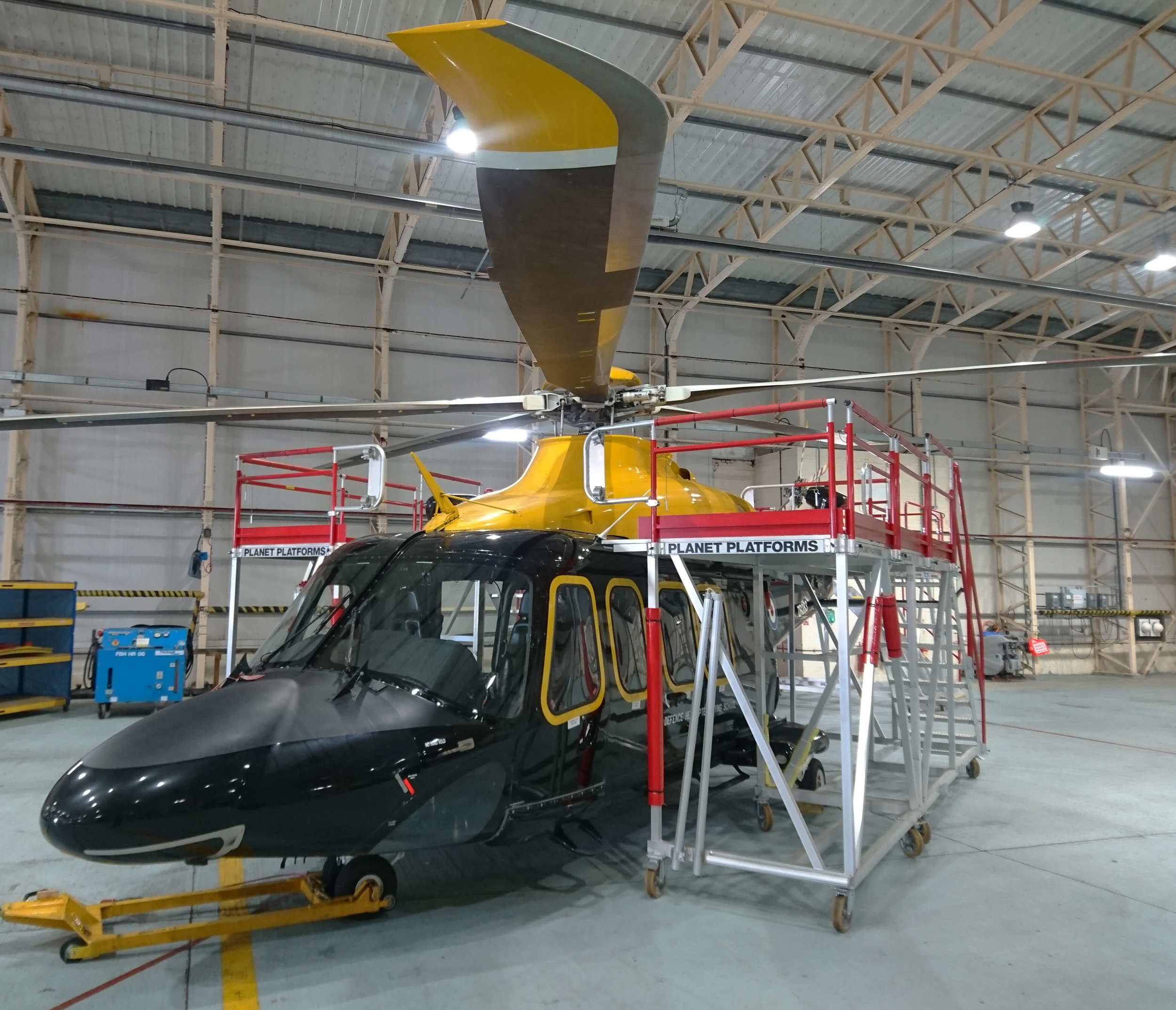 89. AW139 Side Stands