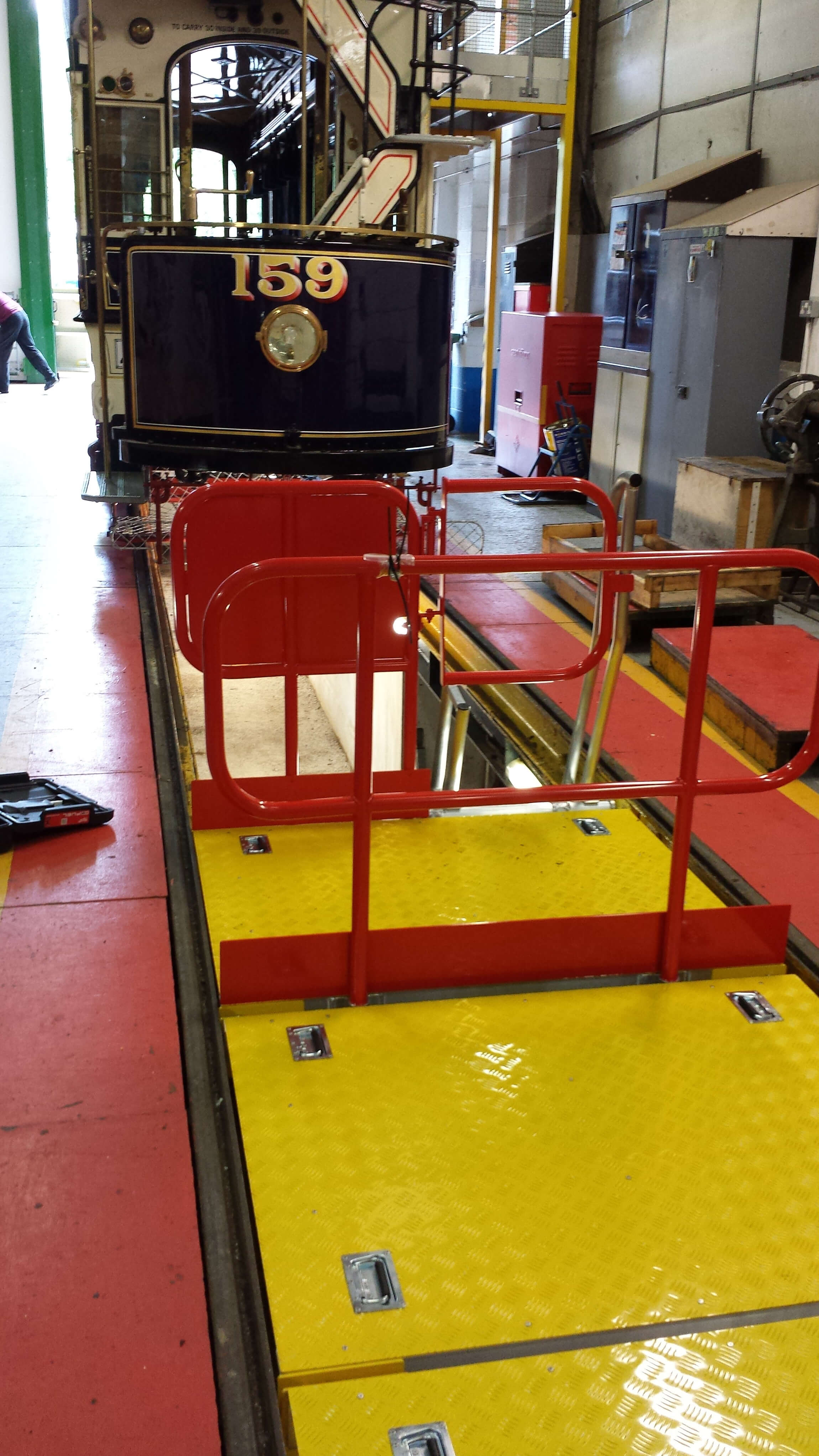 Planet Platforms Tram