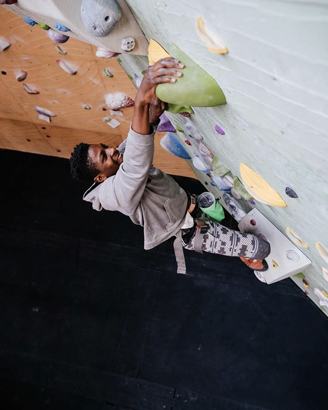 We're seeking a few good volunteers to help us run a trial Team Mini Comp this upcoming Monday, from 5-7pm at @rokcclimb with our #ReWildKC Youth Program. If you're interested in joining us, please send us a message!