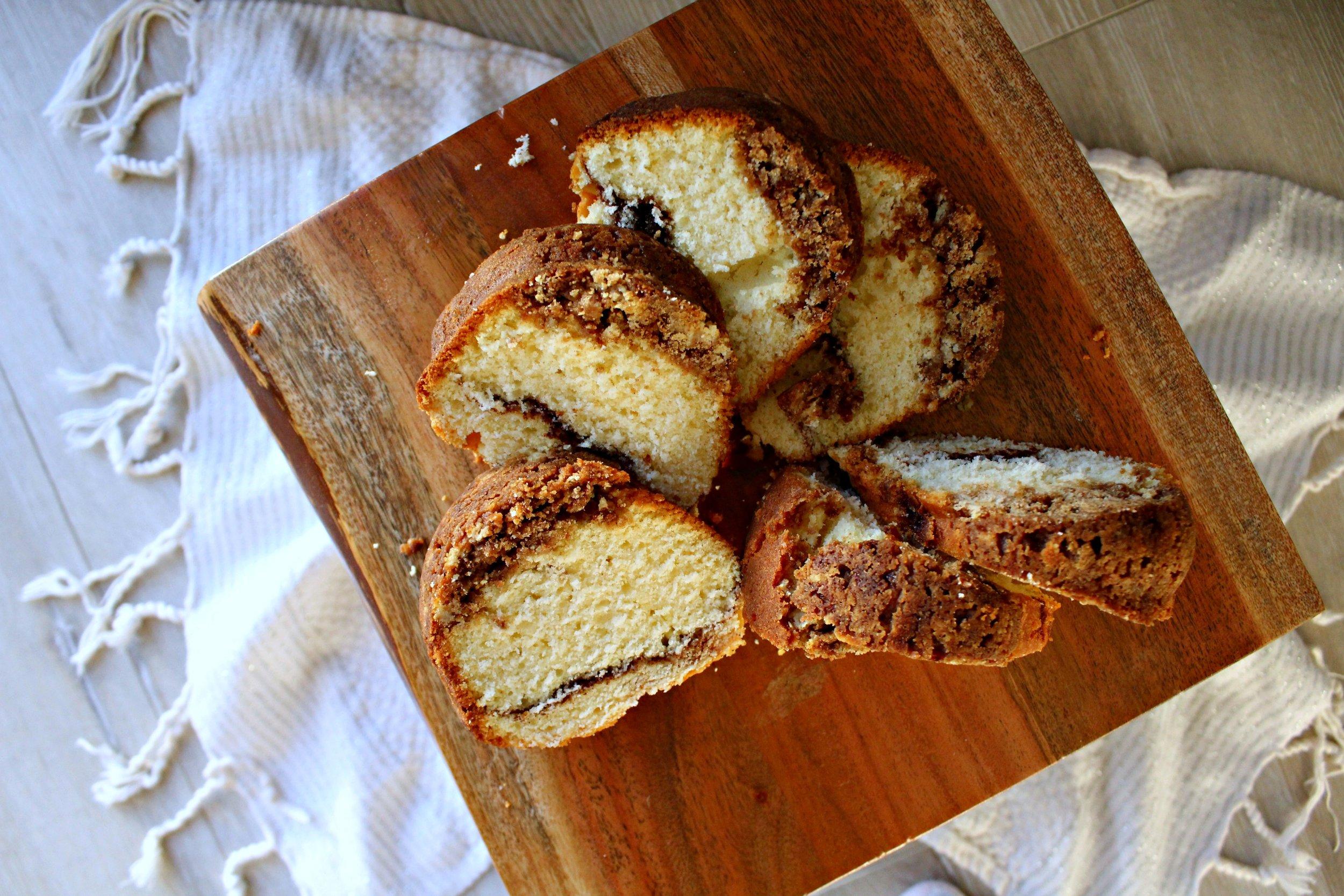 Cinnamon Swirl Bundt Cake with Cinnamon Crumble Topping