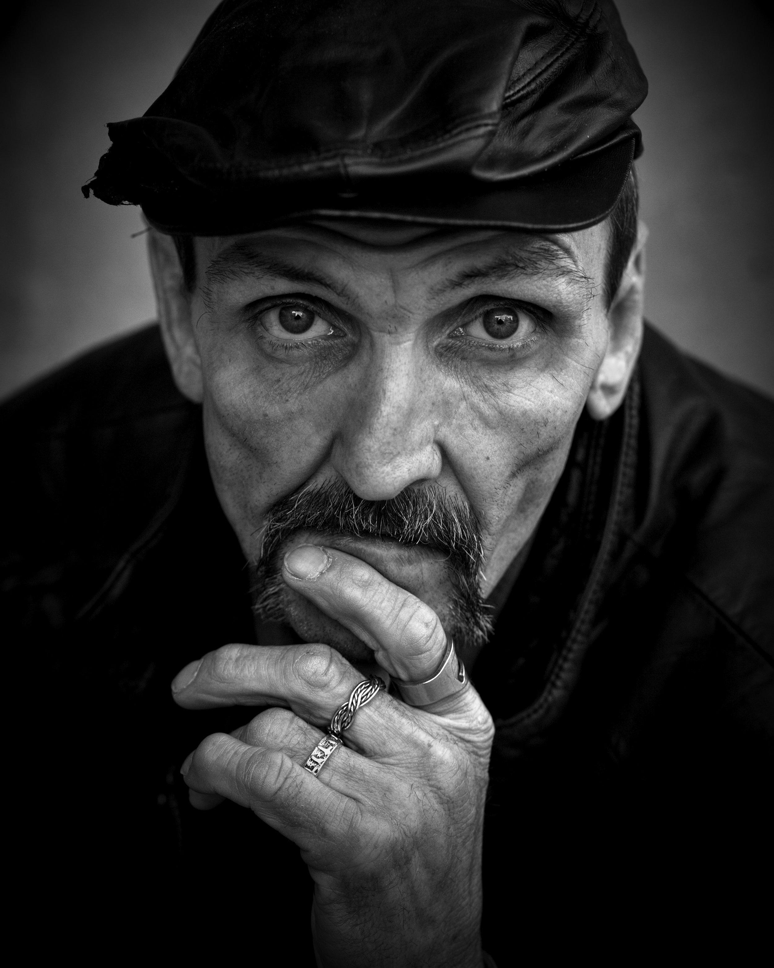 homeless-844206.jpg