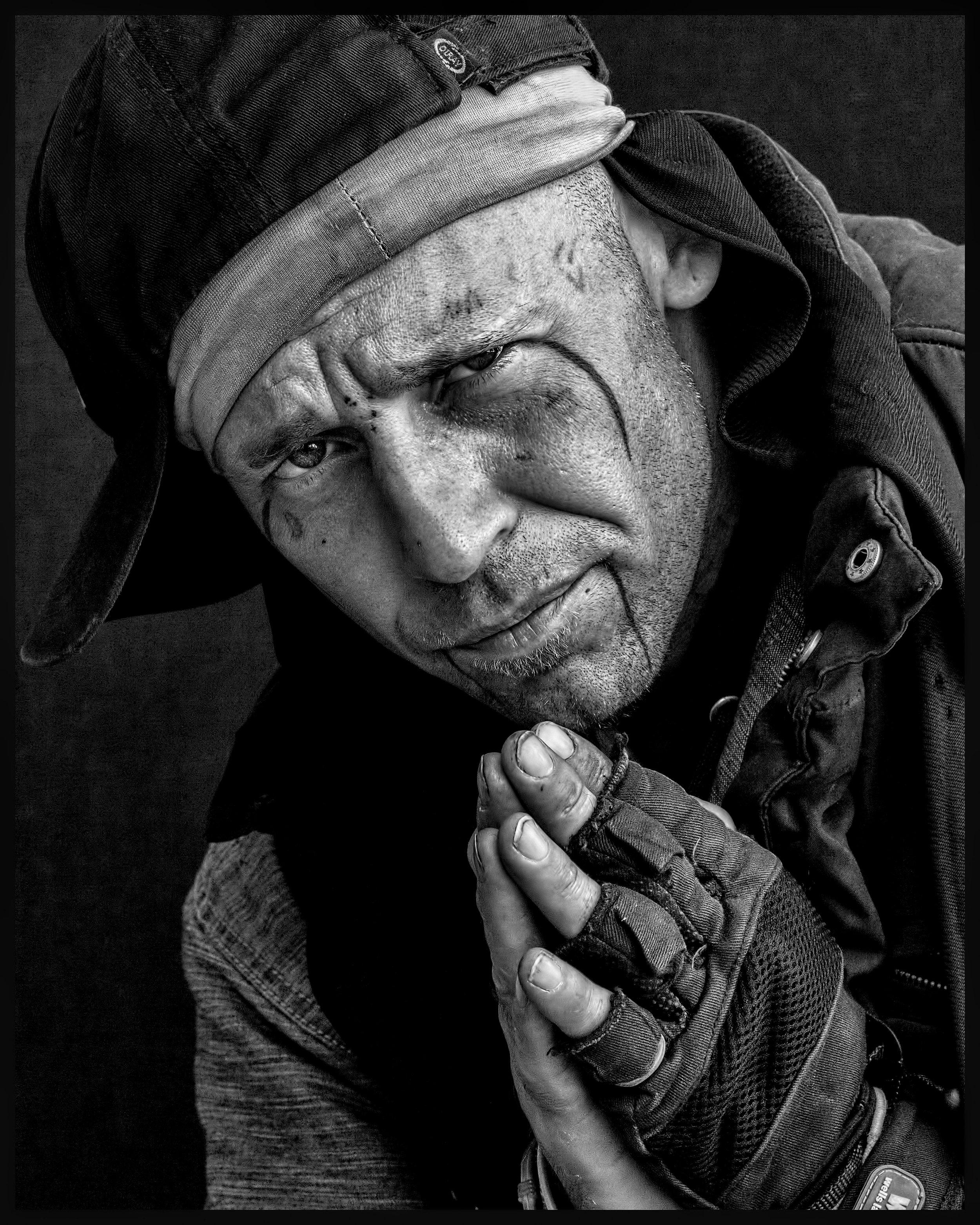 homeless-850086.jpg
