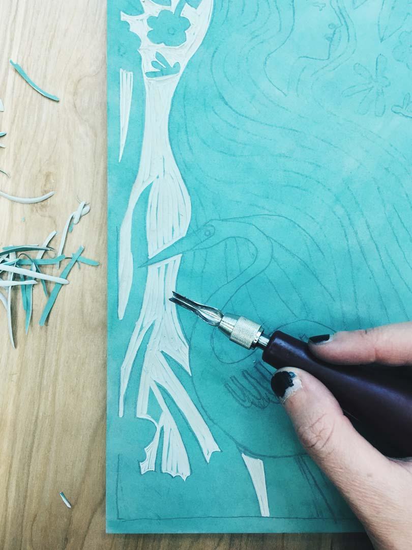 penelope-dullaghan-linocut-carving.jpg