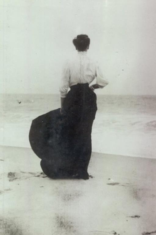 1905, Lizzy, By the Sea.jpg
