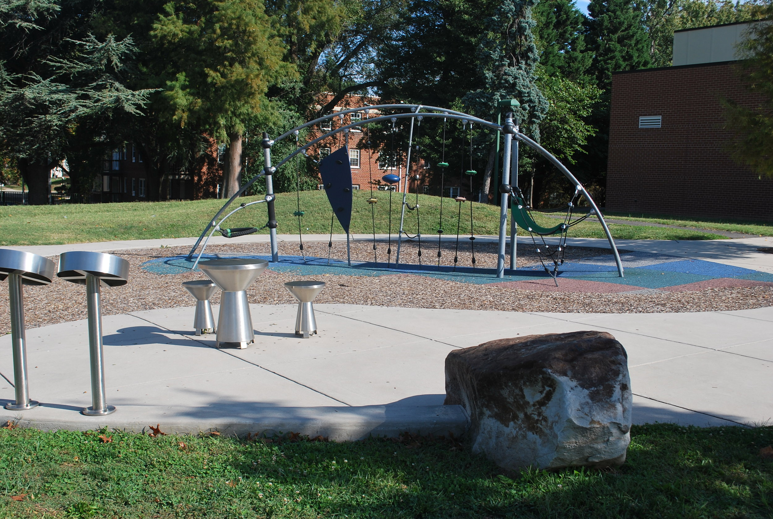 Image courtesy of novaoutdoors.com.