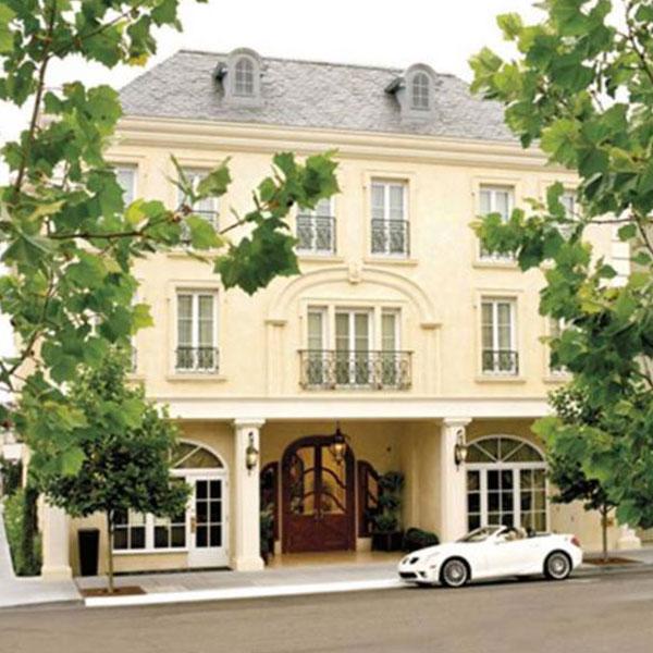 http://www.booking.com/hotel/us/les-mars.html?aid=391687;utm_source=seogooglelocal;utm_medium=photomain;utm_term=hotel-275471;utm_campaign=it