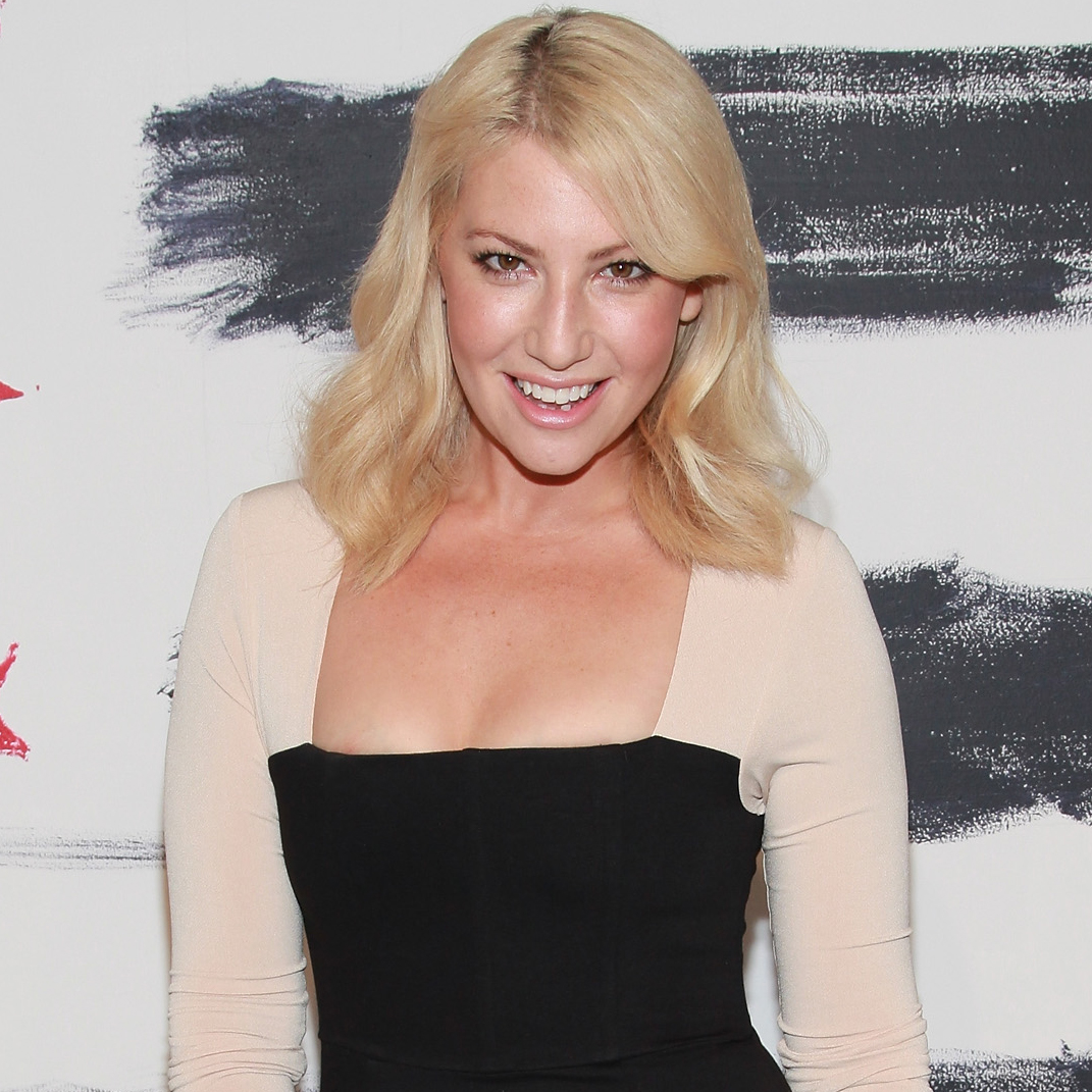 ARI GRAYNOR GIVES VOICE TO A PHARMACEUTICAL ENGINEER