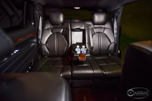 Lincoln MKT Interior leather seating