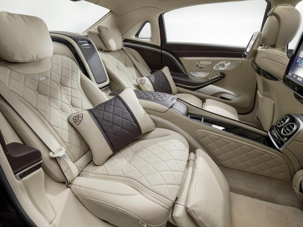 2016-mercedes-maybach-s600-interior-rear.jpg
