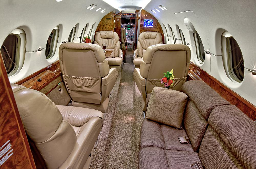 Mid Jet Ex 2 Interior .jpg