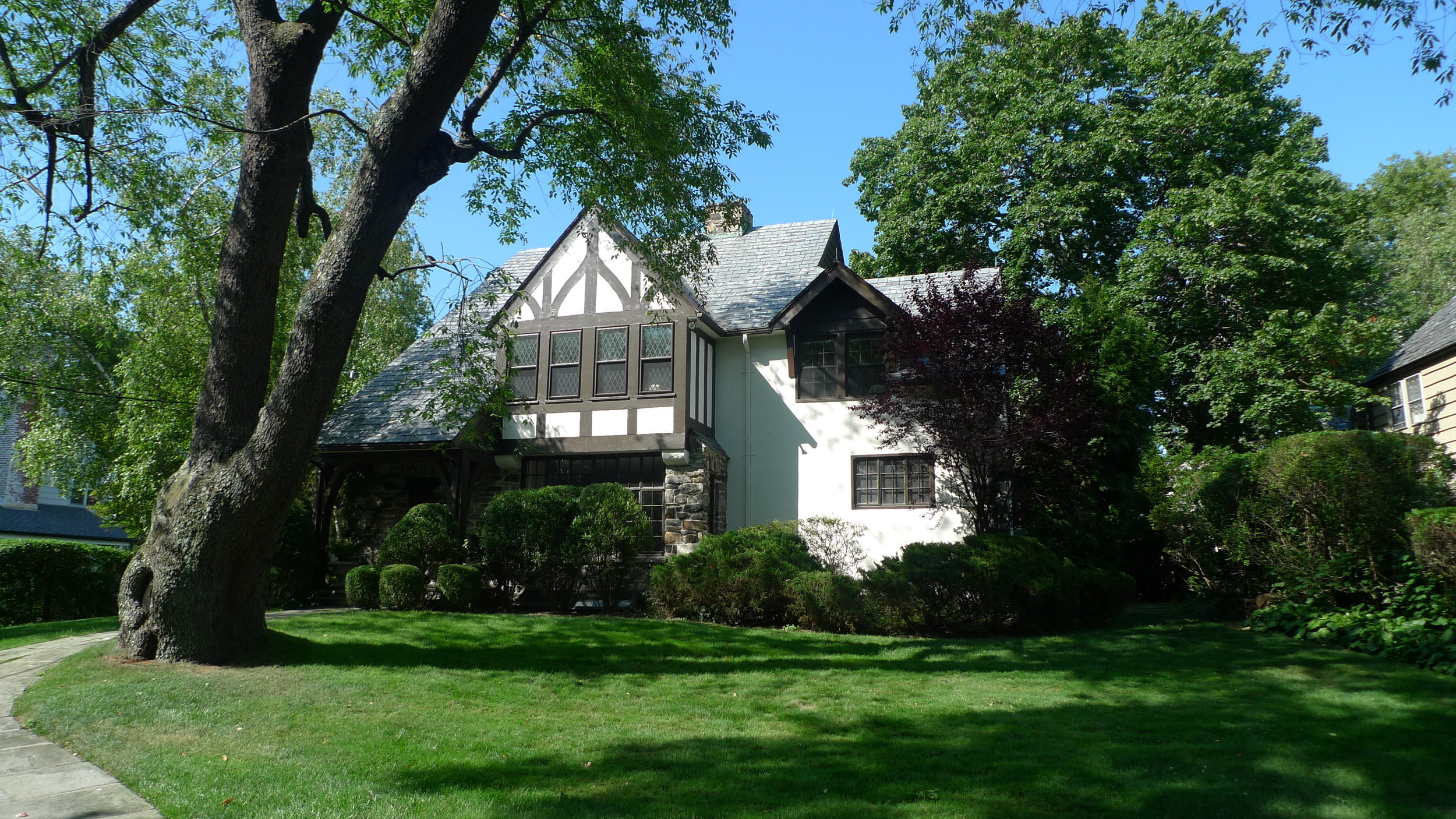 LISTED & SOLD  7 Campden Road Edgemont, NY. Represented the Buyer, 2007 & Represented the Seller as the Listing Agent in 2012