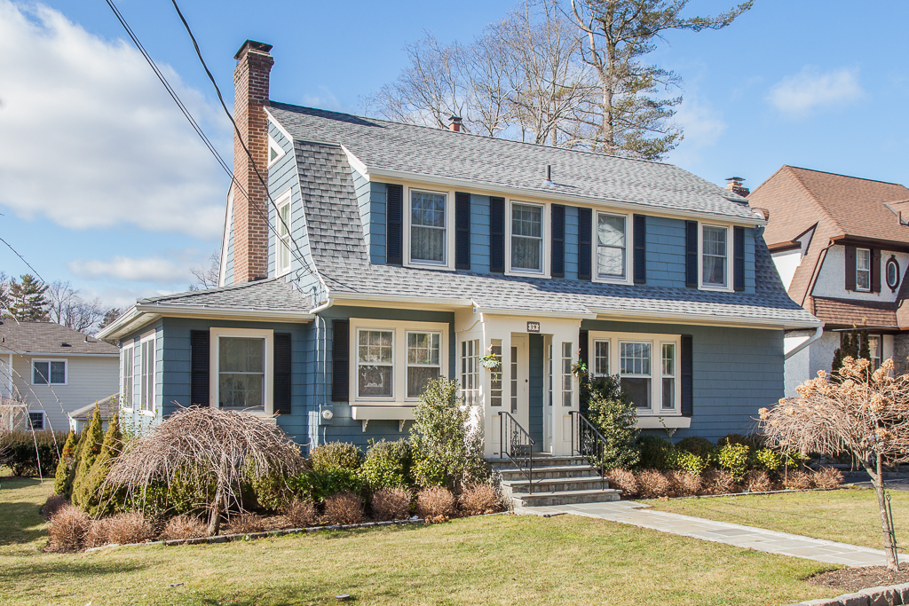 SOLD  12 Dobbs Terrace Scarsdale, NY Represented the Buyer (2016)
