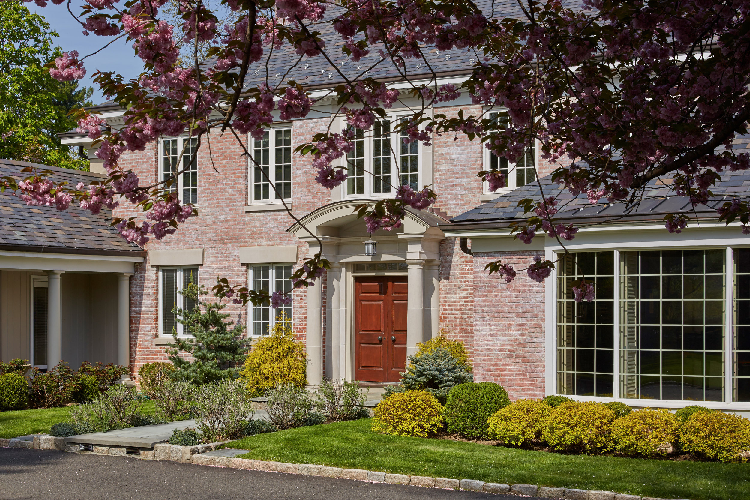 SOLD  7 Dolma Road Scarsdale, NY | Exquisite estate in Scarsdale's prestigious Murray Hill neighborhood. Represented the Sellers as the Listing Agent  (2017)