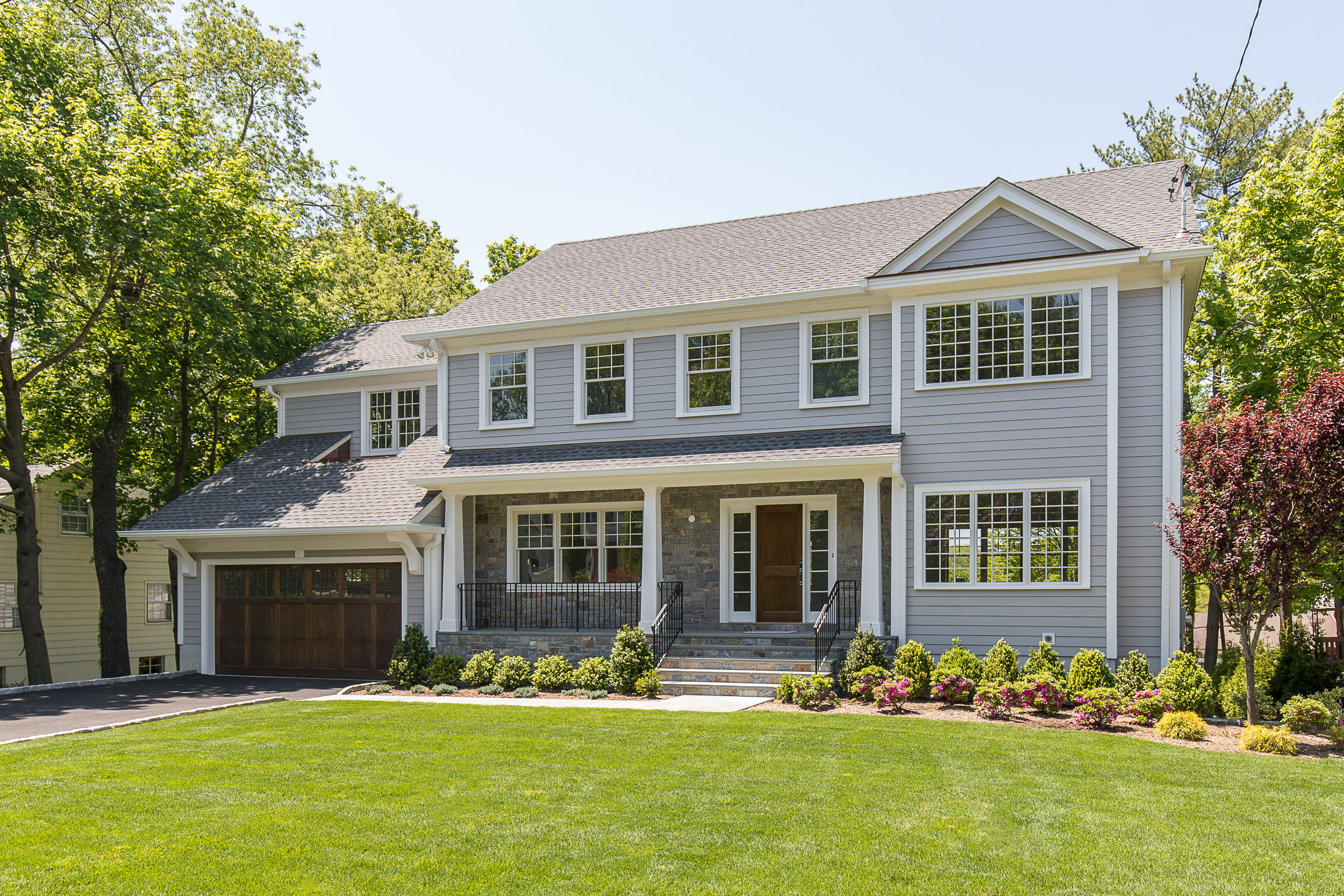 SOLD  12 Carthage Lane Scarsdale, NY. New Construction. Represented the Seller as the Listing Agent  (2017)