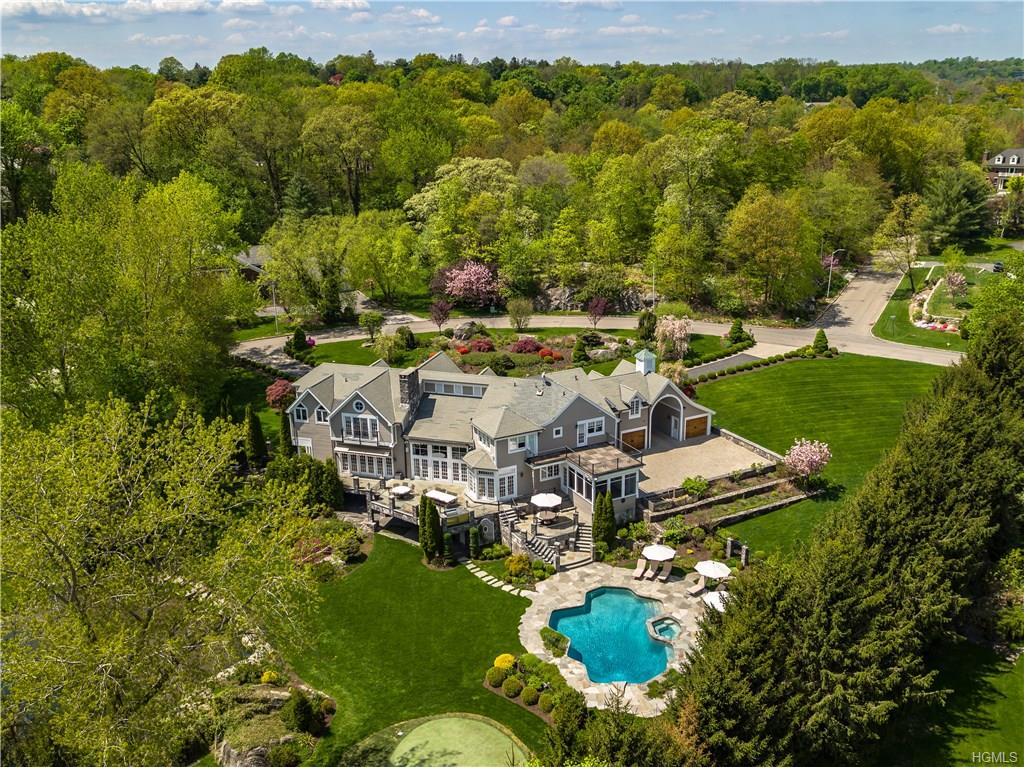 SOLD  7 Lakeside Drive Rye, NY. Represented the Buyer  (2018)