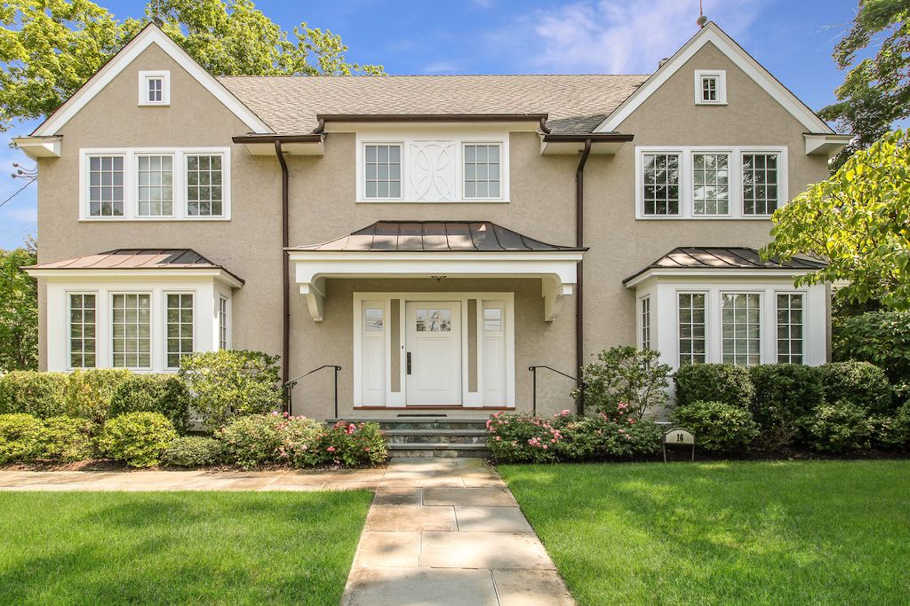 SOLD  16 Rectory Lane Scarsdale, NY. Represented the Buyer  (2019)