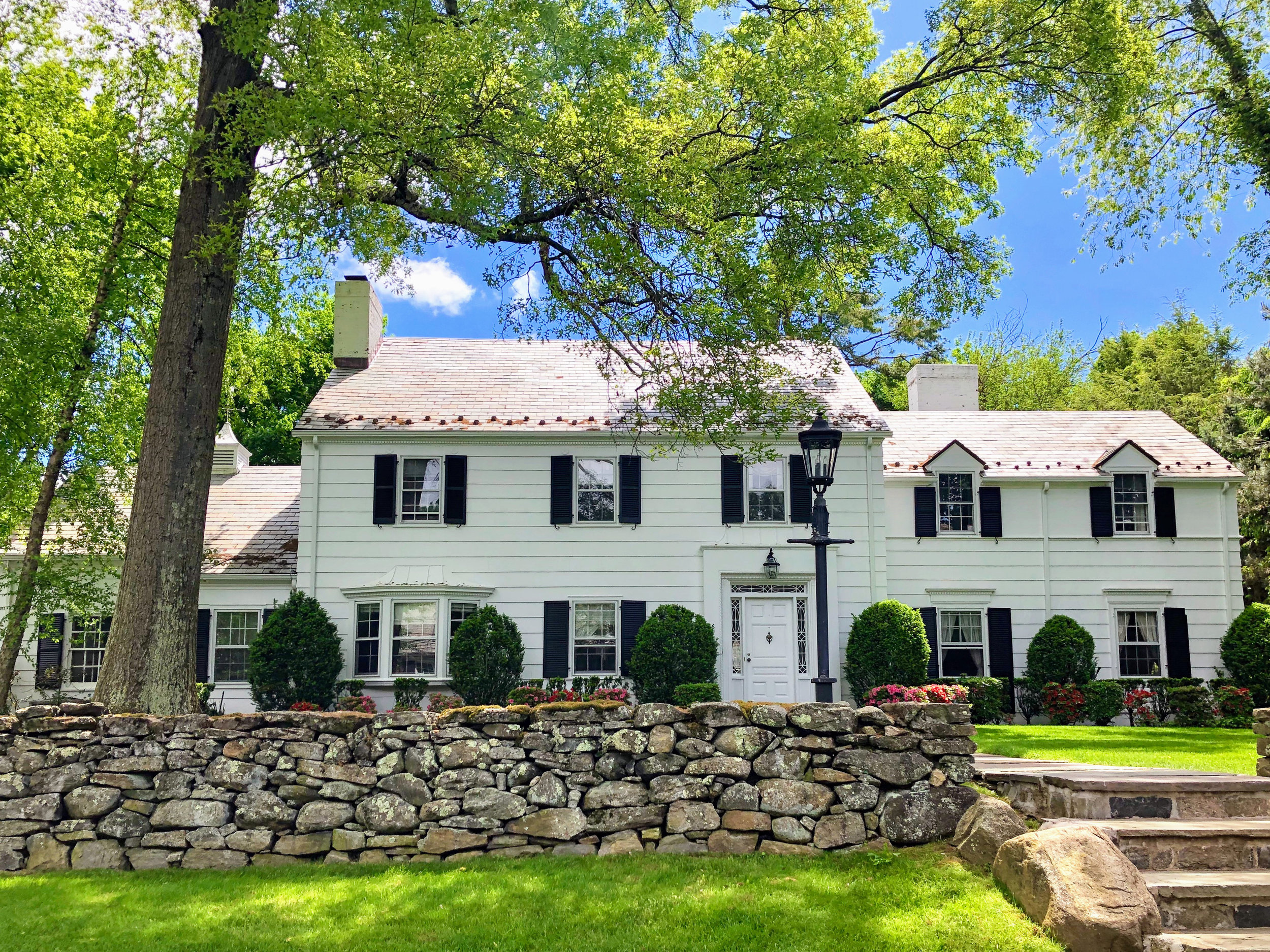 SOLD  26 Kensington Road Scarsdale, NY. Represented the Buyer, Non MLS.  (2019)