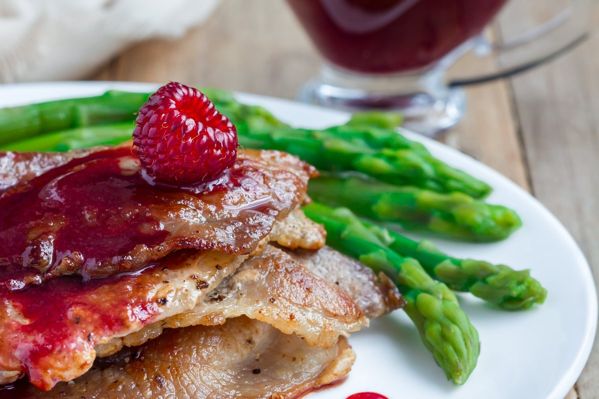 Grilled Pork with Raspberry Sauce -