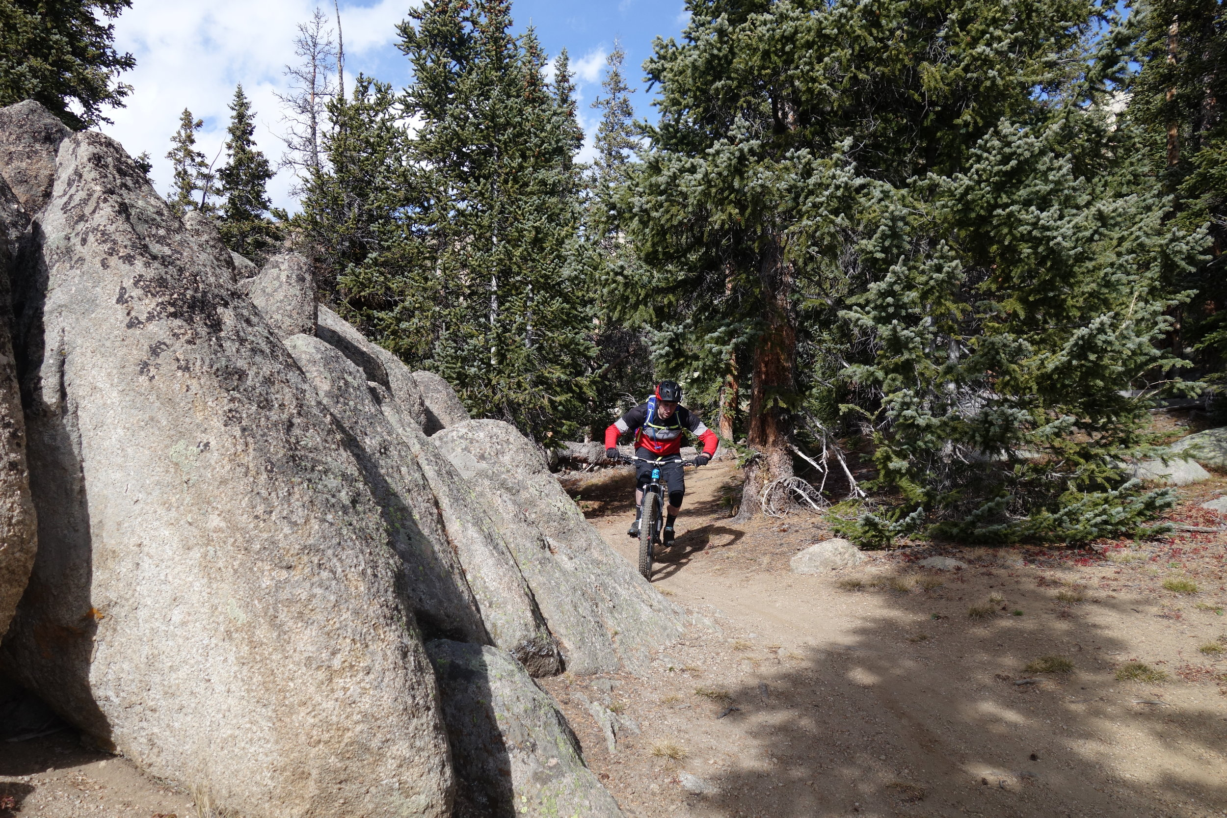 If you like singletrack, big rocks  and flowing descents then you're in luck. Jeff Carter in the zone.