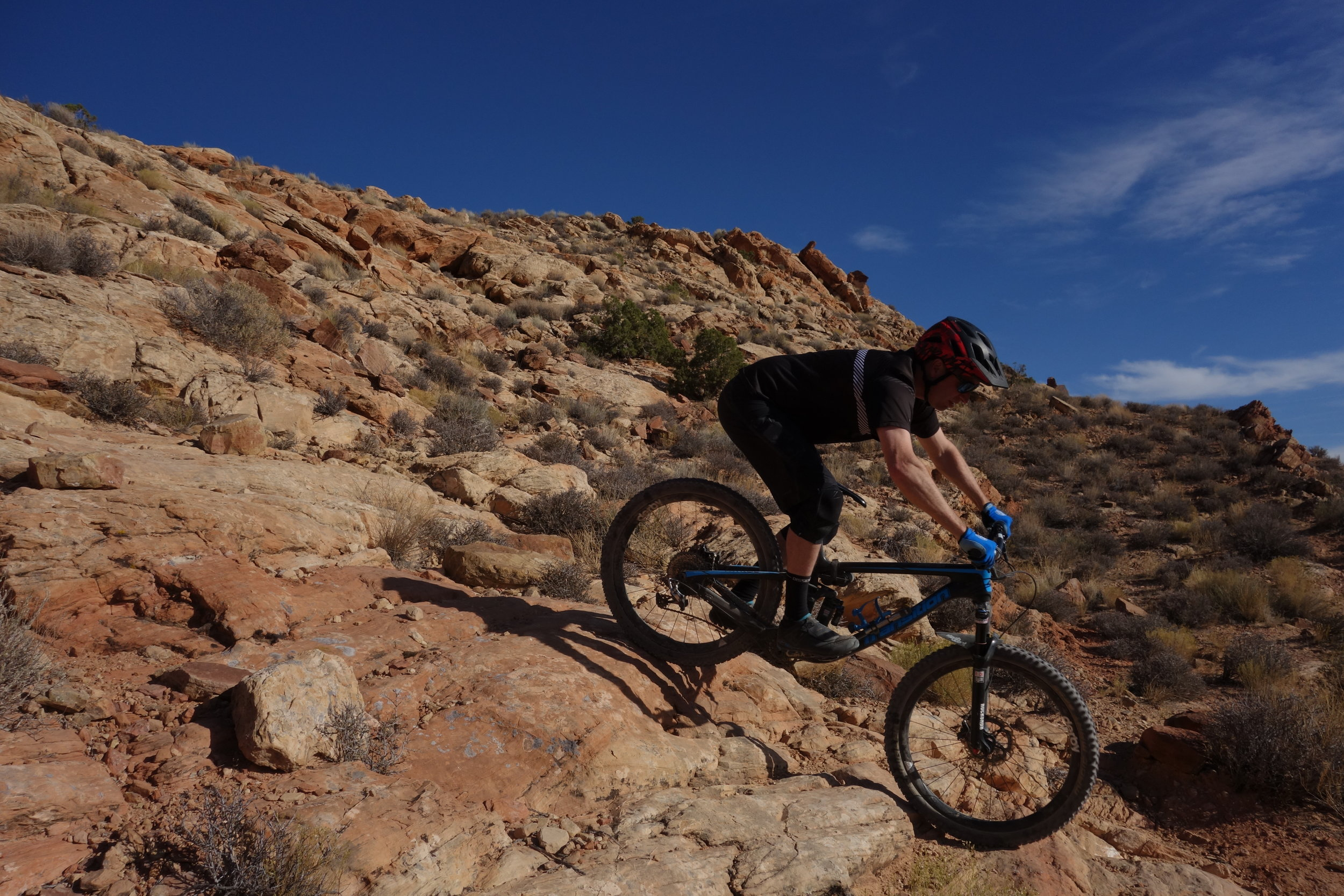 Jeff warming up his tyres on Daves trail