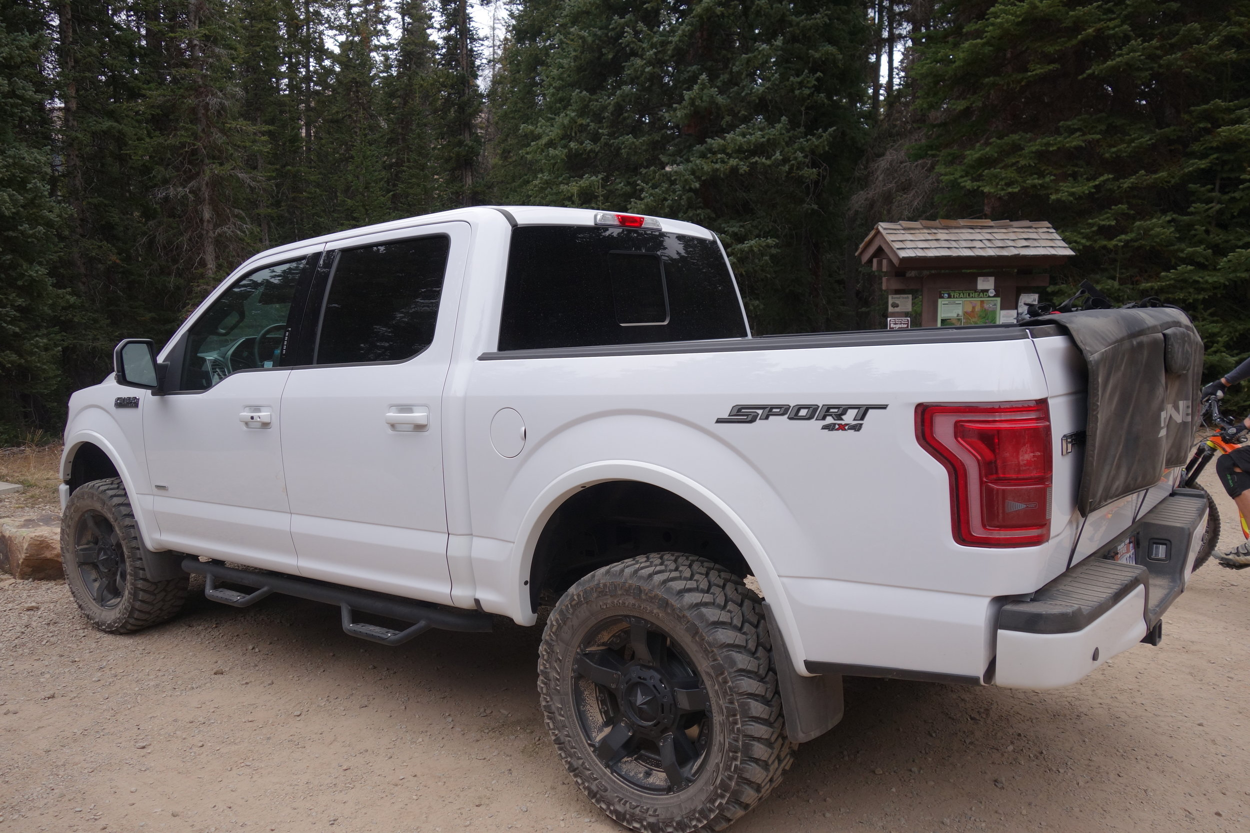If you're American and you ride, then this is the truck you buy. Ford F150.