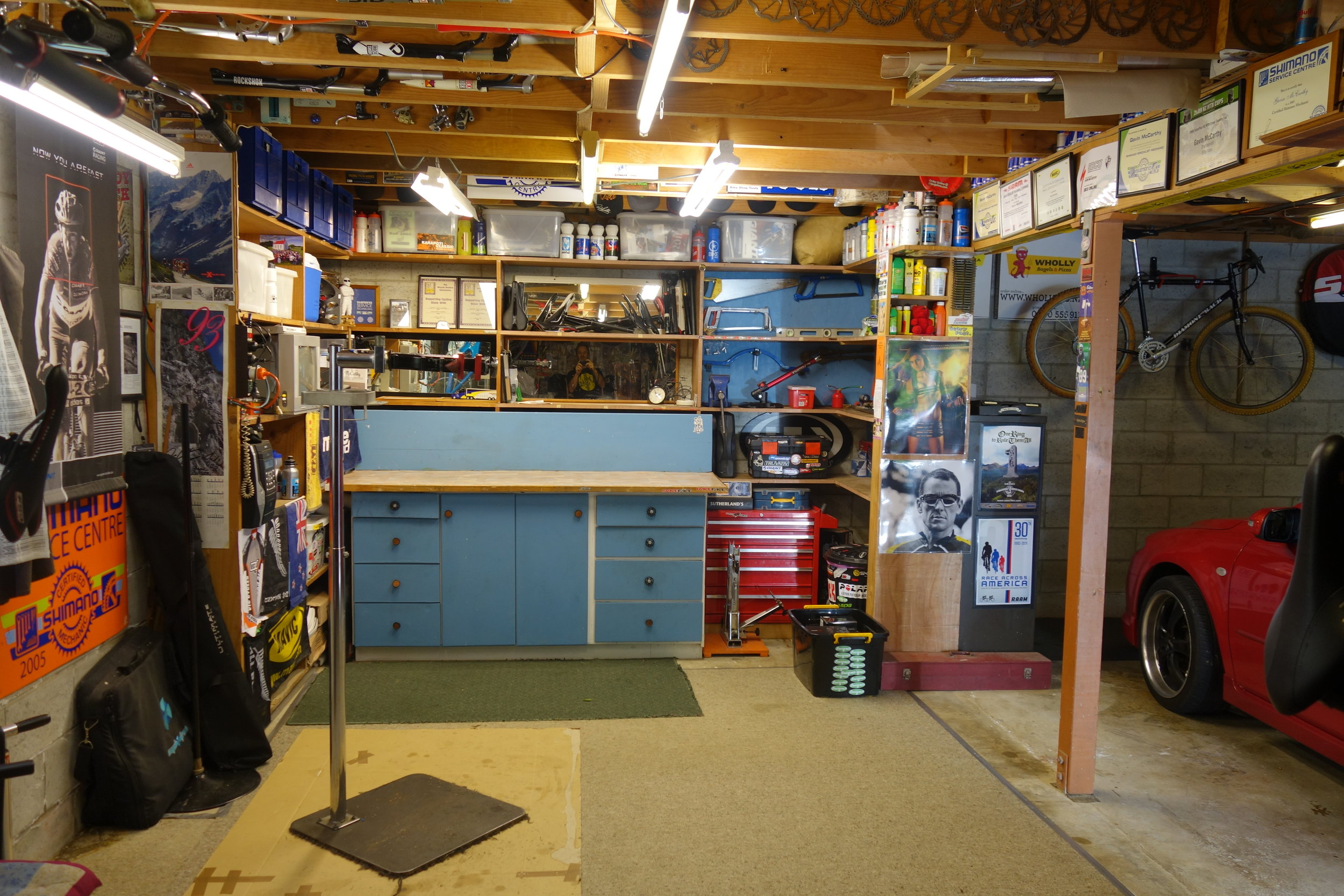 If only my workshop was this tidy. I don't understand where I went wrong? Oh yeah... that's right ...alcohol which led to kids which then led back to alcohol.