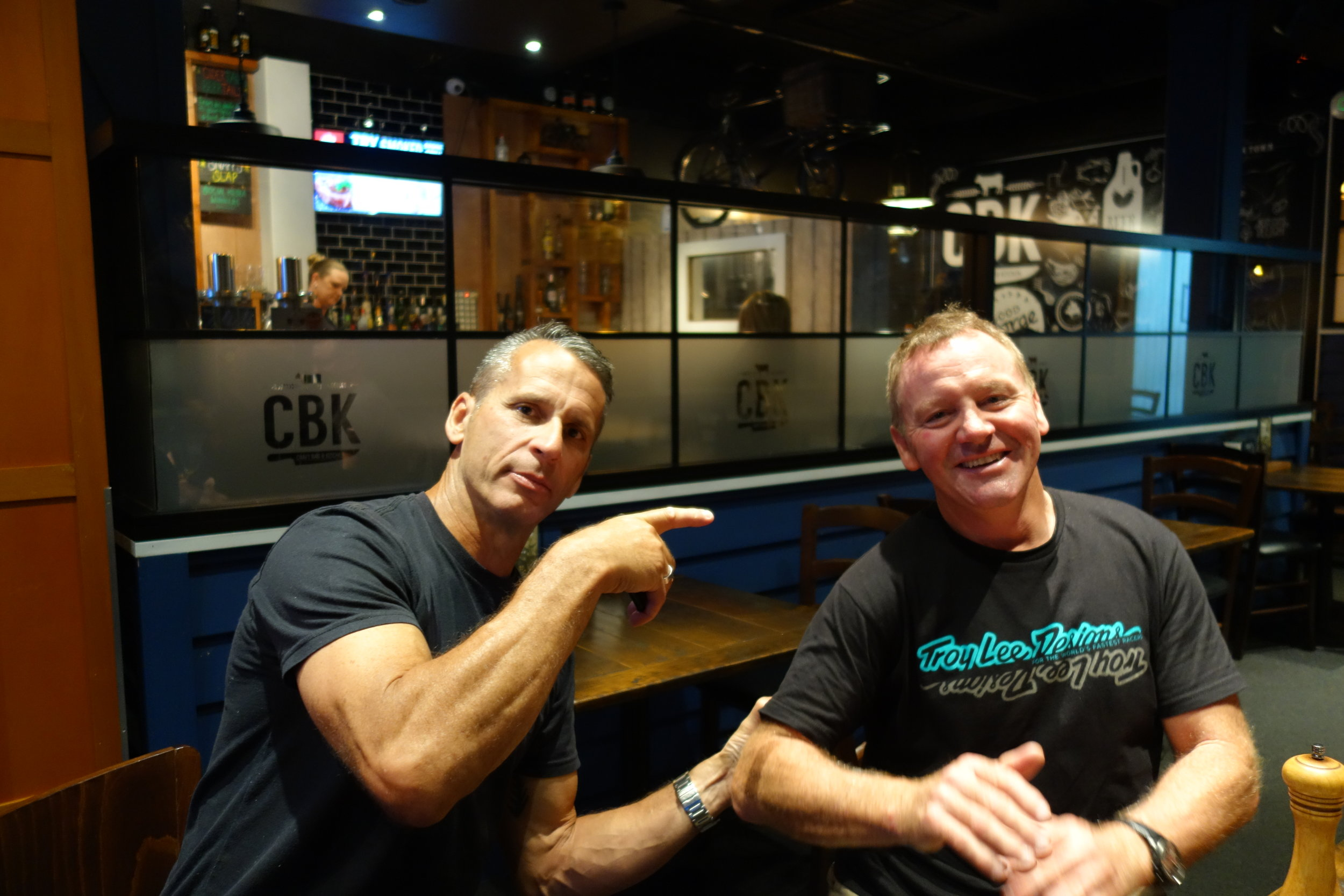 Darryl MacFarlane (100%) and ex pro everything Darryn Henderson join us for a bit of banter