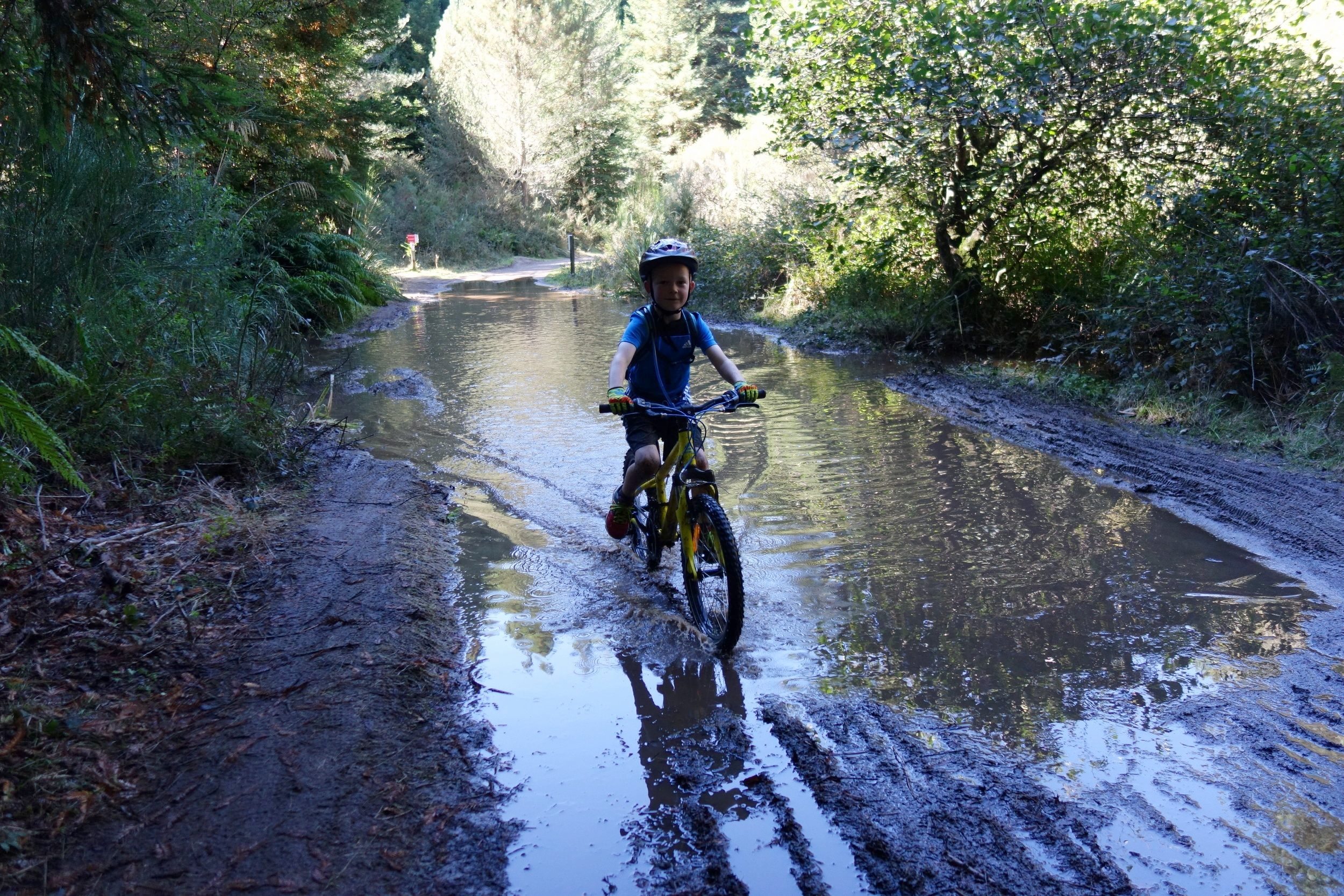 Were you aware that there had been a spot of rain over the last few days? This kid was doing multiple runs through this puddle while I was trying to daintily circumnavigate it. He was having way more fun than me.