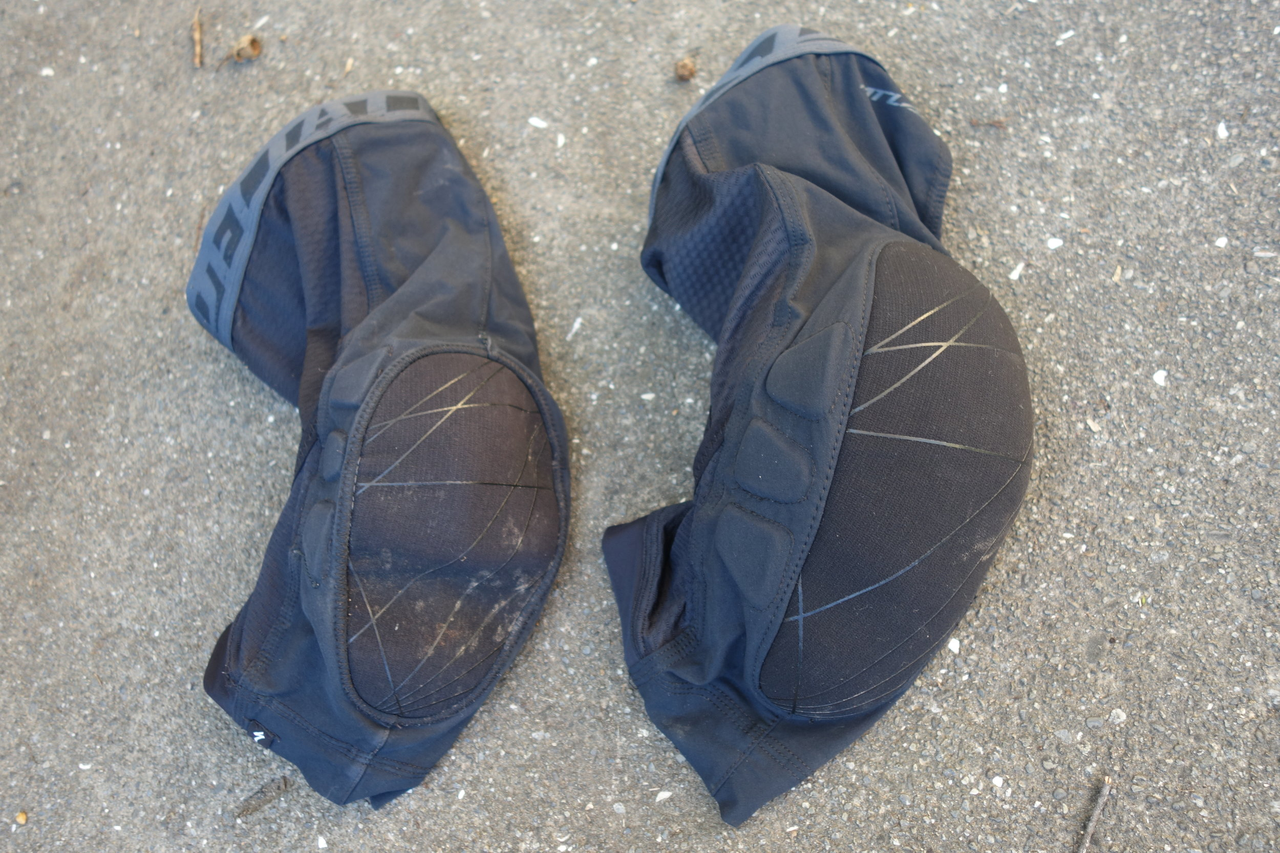 The new version on the right, versus the previous shitty one at left. Larger more shaped knee cup.