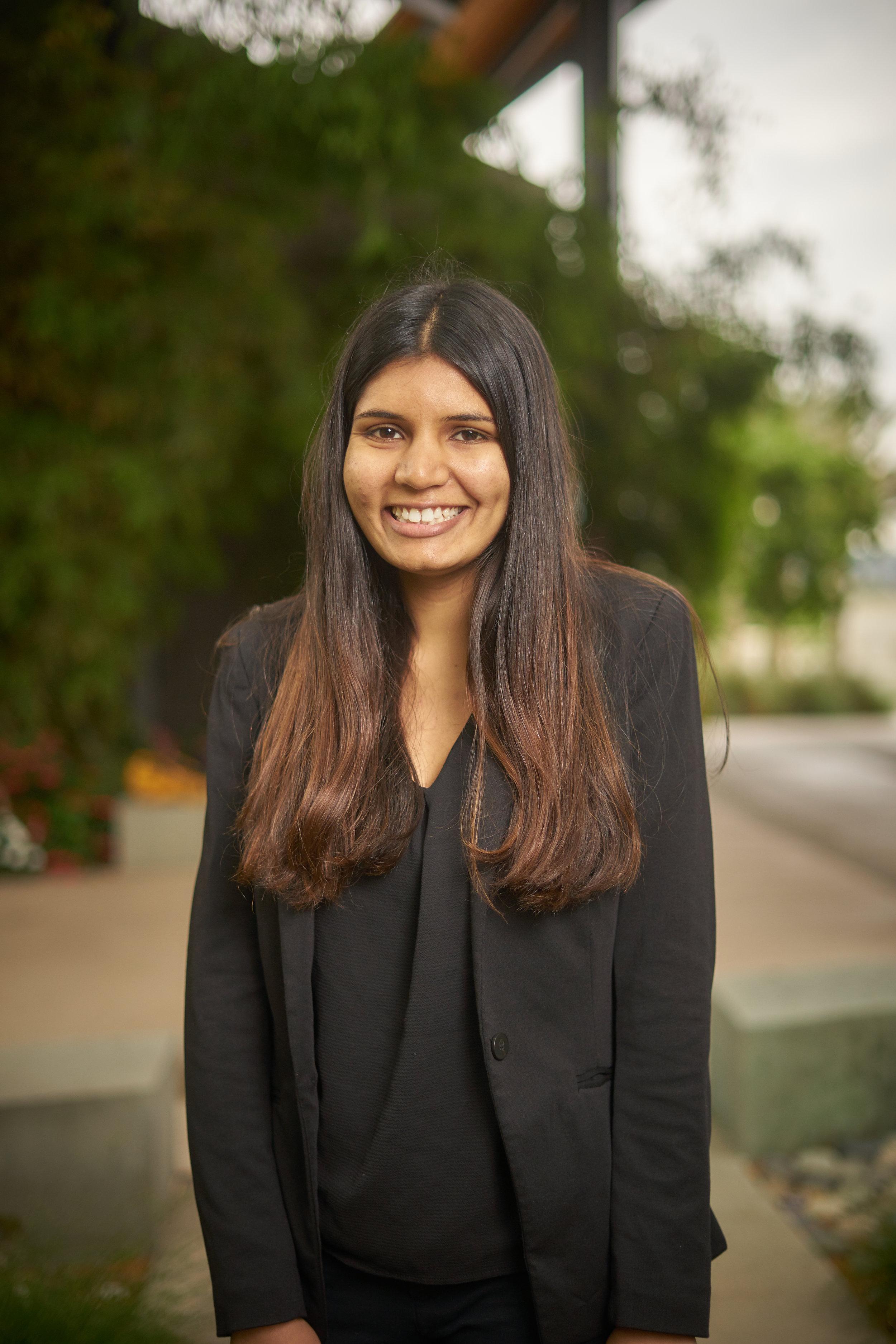 Anika Singh(1).jpg