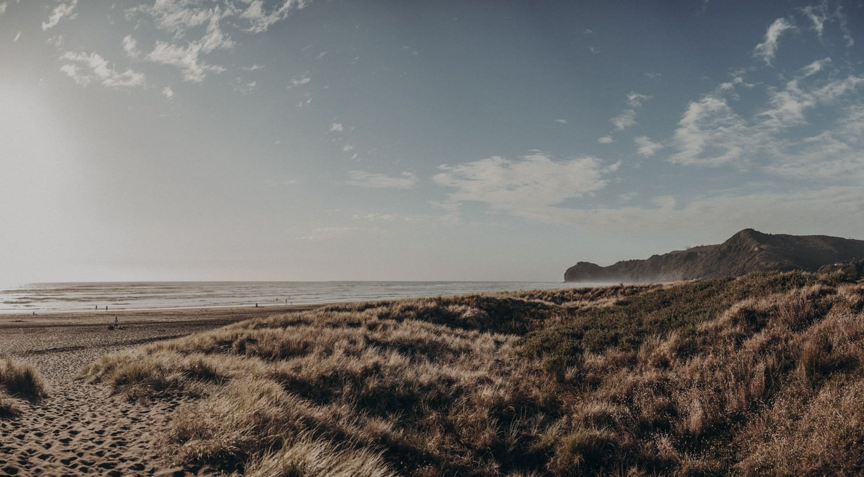 himmelblau-babybauchshooting-piha-beach-neuseeland-_0269.jpg