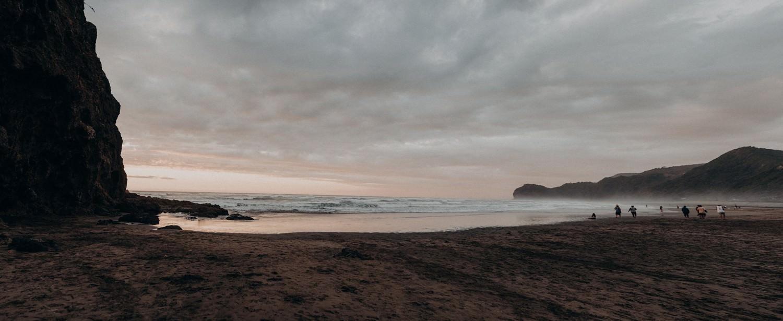 himmelblau-babybauchshooting-piha-beach-neuseeland-_0386.jpg