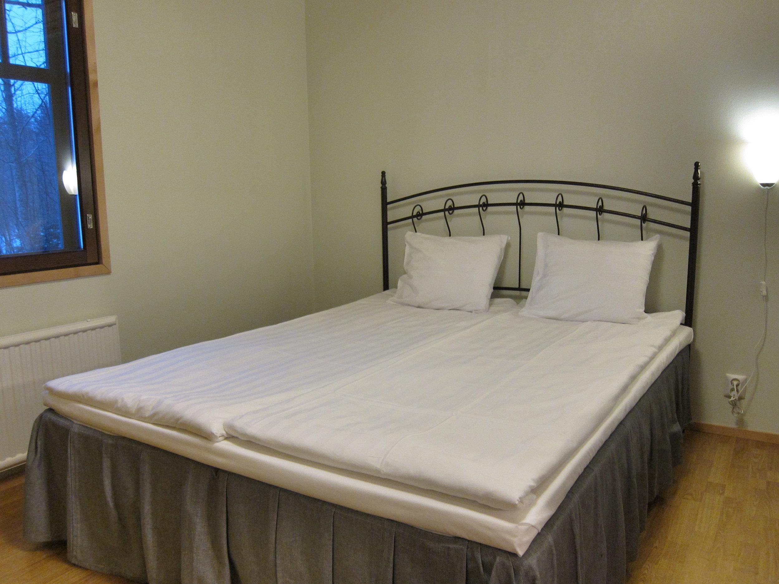 Illan tullen pääset lepäämään sinulle valmiiksi petaamaamme sänkyyn..