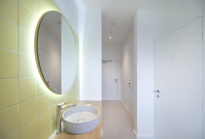 interior-Tina Rugelj_foto-Klemen Razinger_OF K_toalete-toilets_12.jpg
