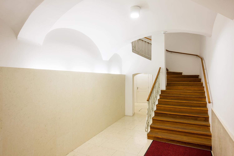 interior-Tina Rugelj_foto-Janez Marolt_AP house K_stopnisce-staircase_02.jpg