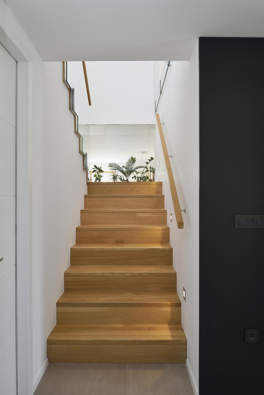 interior-Tina Rugelj_foto-Miran Kambič_H T_stopnice-staircase_07.JPG