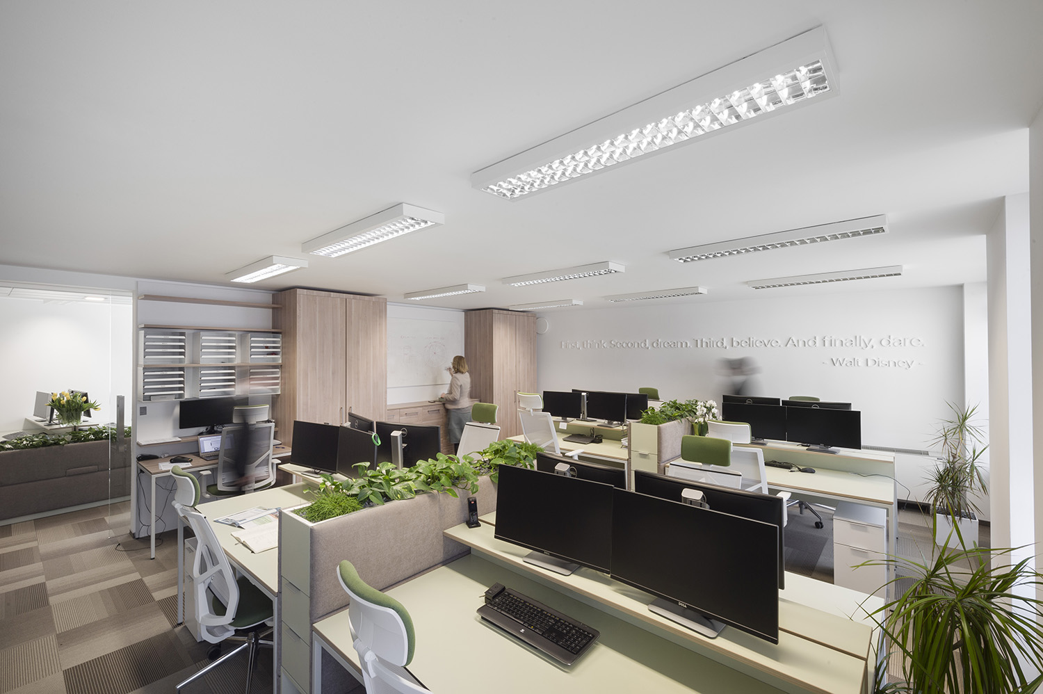 PISARNE GO GREEN / GO GREEN OFFICE SPACES