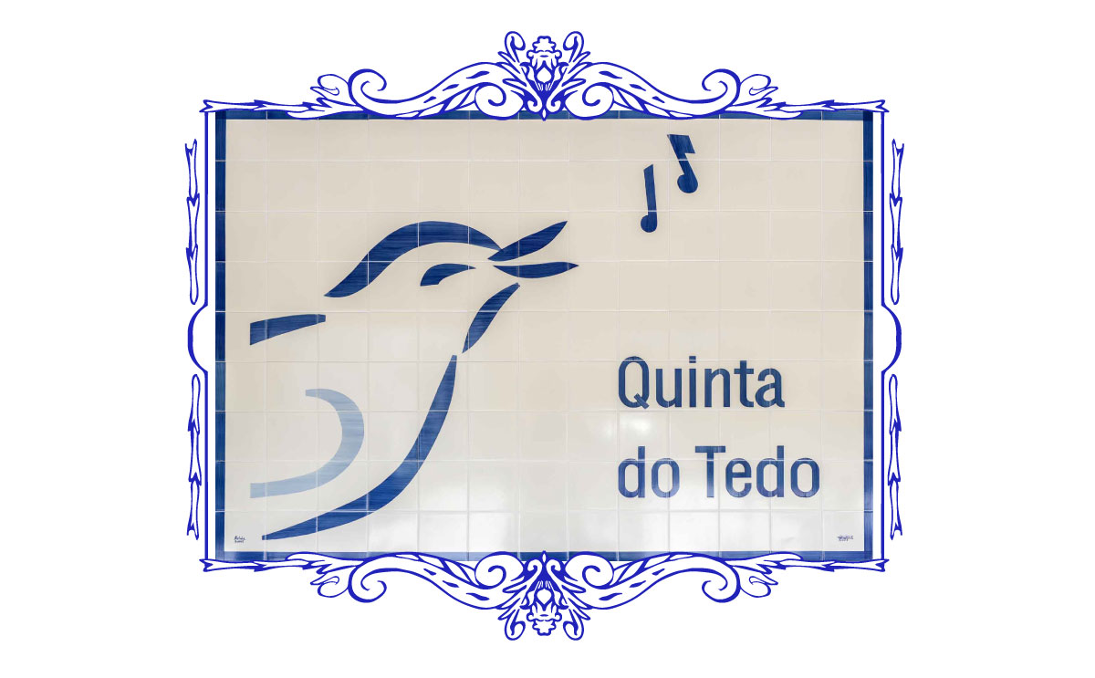 QDT-bird-azulejo-footer.jpg