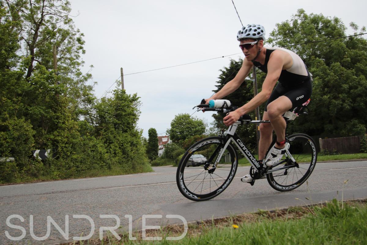 Southend-Triathlon-Cycle-Photos-in-Barling-Corner-003.jpg