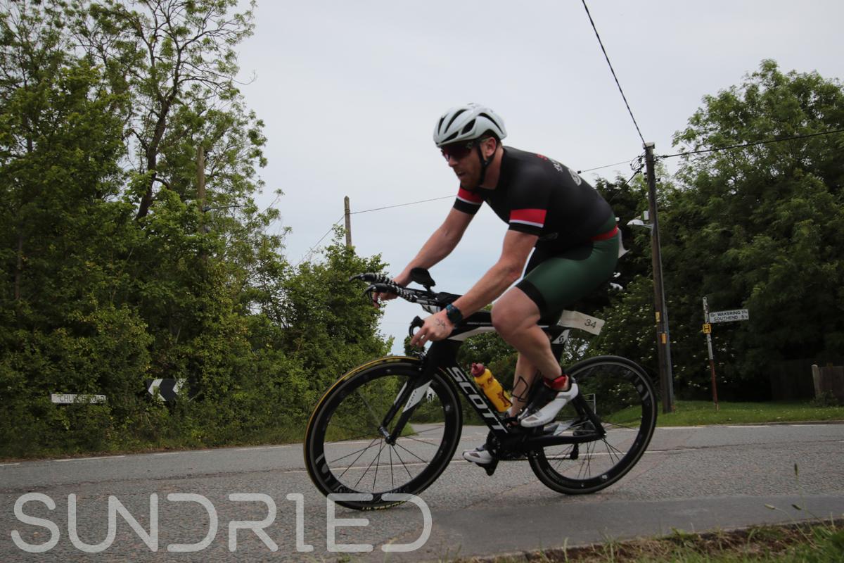 Southend-Triathlon-Cycle-Photos-in-Barling-Corner-004.jpg