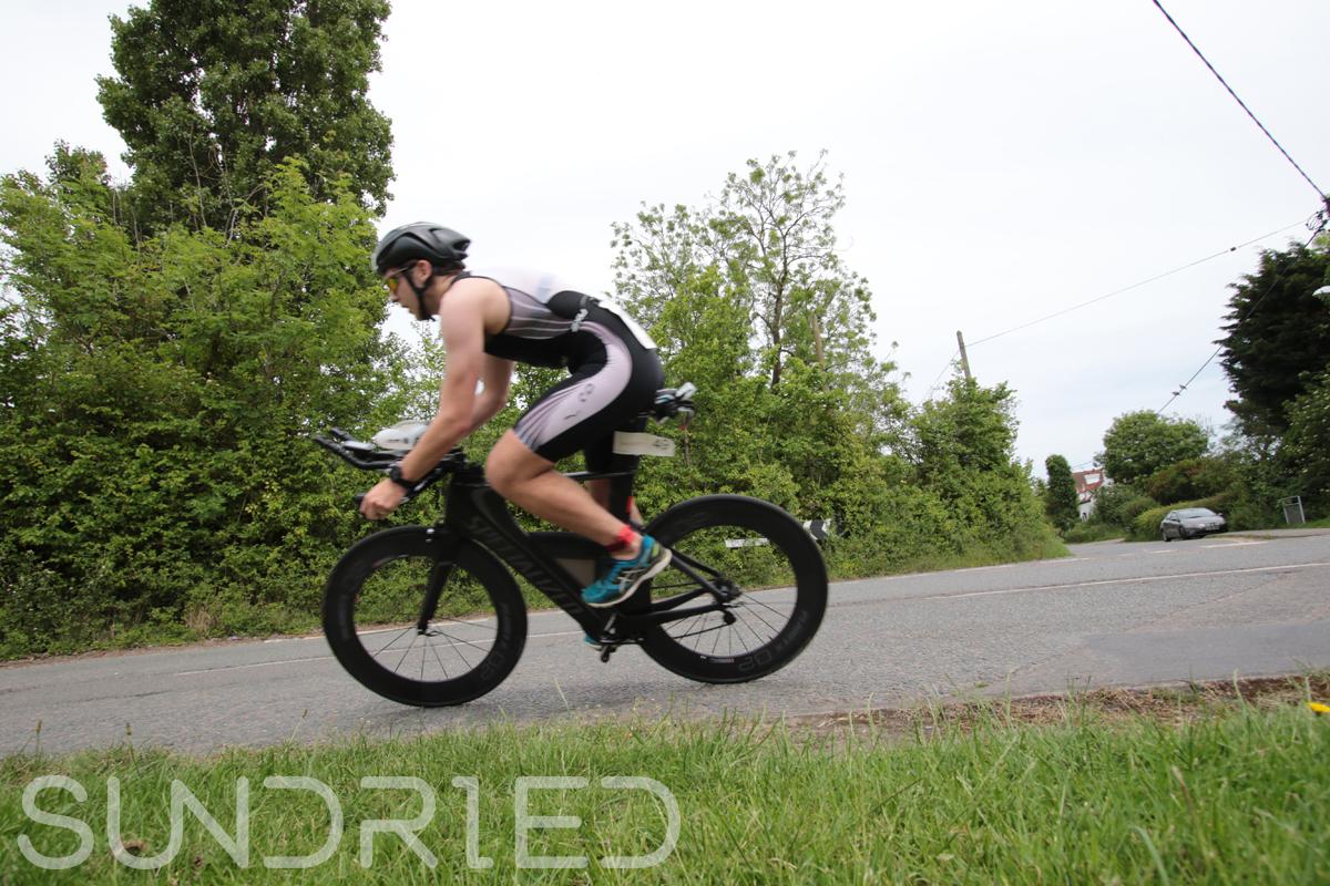 Southend-Triathlon-Cycle-Photos-in-Barling-Corner-005.jpg