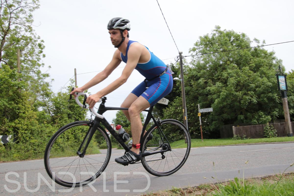 Southend-Triathlon-Cycle-Photos-in-Barling-Corner-009.jpg