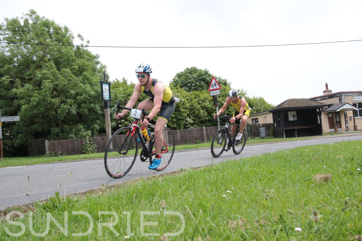 Southend-Triathlon-Cycle-Photos-in-Barling-Corner-014.jpg