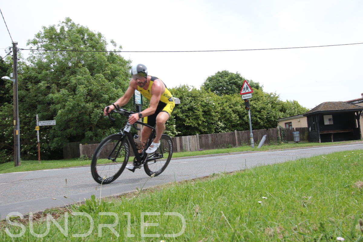 Southend-Triathlon-Cycle-Photos-in-Barling-Corner-015.jpg