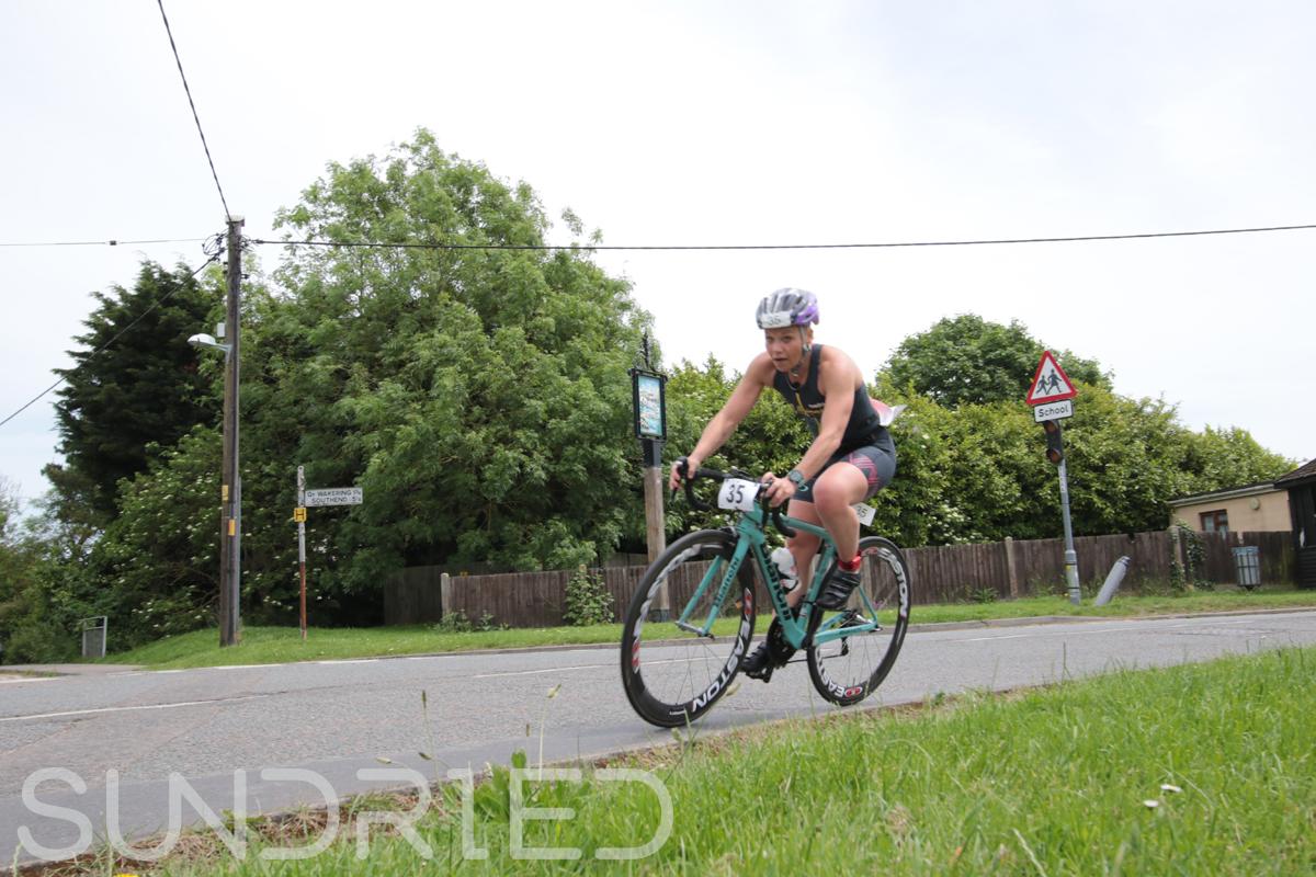 Southend-Triathlon-Cycle-Photos-in-Barling-Corner-016.jpg